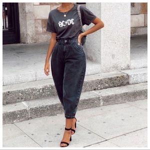 NWT ZARA Slouchy Black Acid Wash High Rise Jeans 6